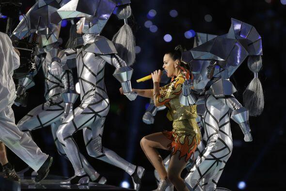 Explosivo, sensual y original, así se vieron Katy Perry, Lenny Kravitz y...