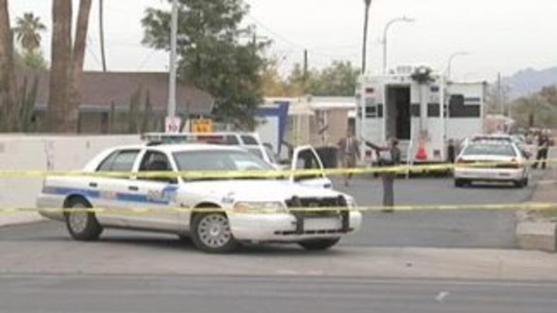 El agresor se escondió bajo un camión estacionado, pero los policías sig...