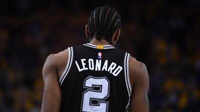Bombazo en la NBA: Kawhi Leonard llegará a los Raptors y DeMar DeRozan pasará a los Spurs
