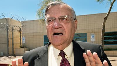 Un juez federal le pone límites a Joe Arpaio
