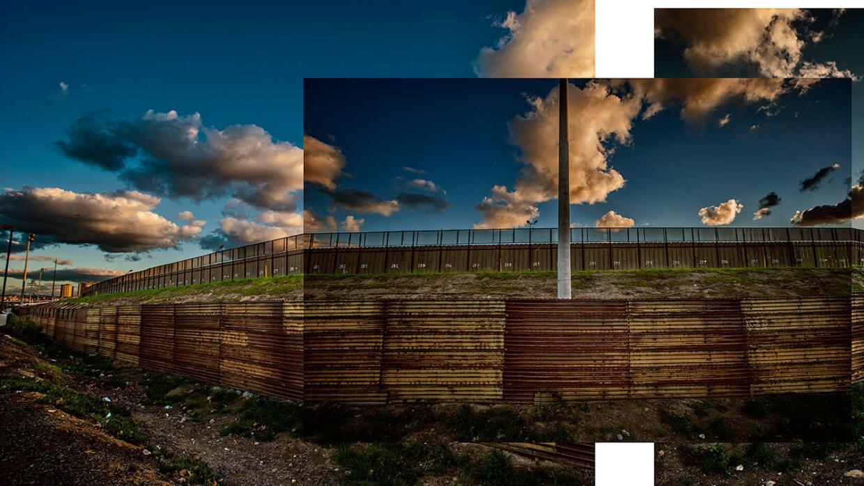 Muro doble cerca de San Diego, California, en inmediaciones del río Tiju...