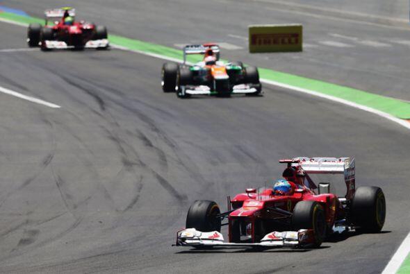 Por algunos momentos, el español tenía la presión de Hamilton.