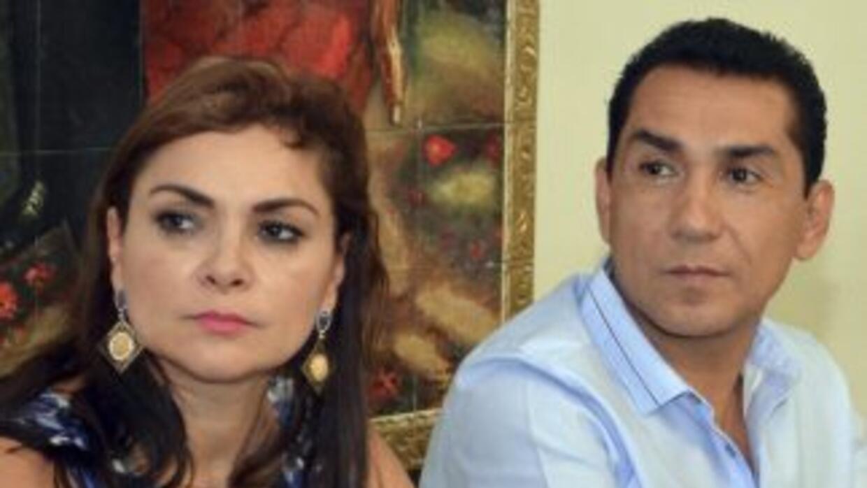 El exalcalde de Iguala, José Luis Abarca y su esposa, María de los Ángel...
