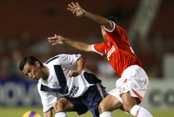 Otro jugador que estuvo en Argentina fue Mario Méndez quien se fue al Vé...
