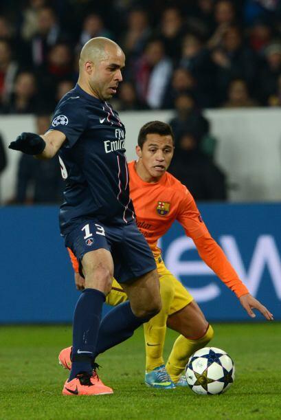 Alexis fue titular en la delantera junto a David Villa.