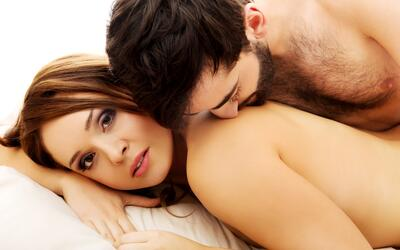 sexo - parejas en la cama