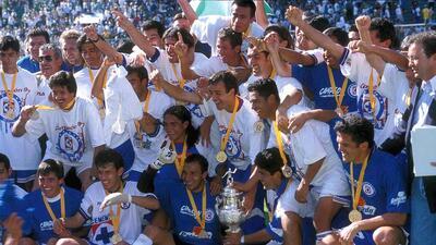 En fotos: Cruz Azul y los otros nueve equipos con más tiempo sin ser campeón de Liga