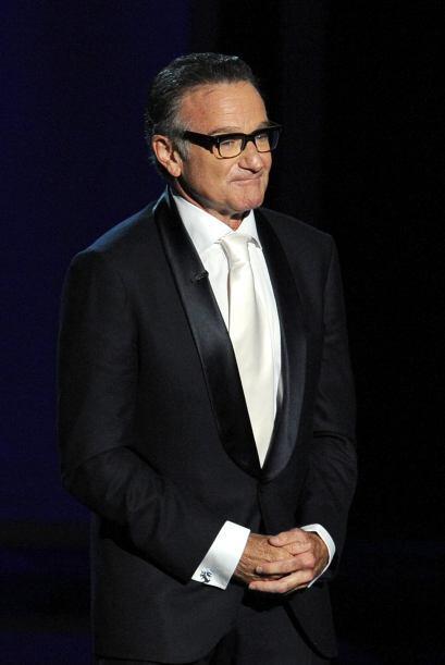 Robin Williams también subió al escenario como presentador.Mira aquí lo...