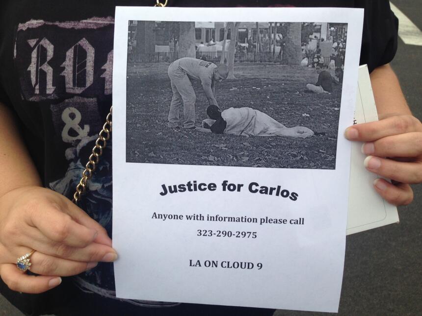 Una emotiva vigilia recordó a Carlos Segovia, el marine que murió luego...