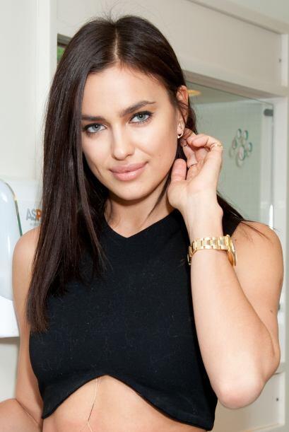 Por lo pronto, la modelo rusa pidió a todos sus amigos que, como regalo,...