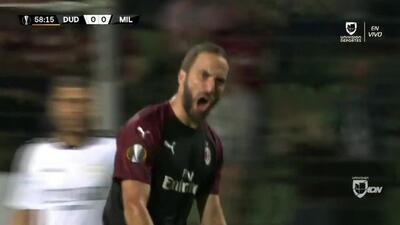 ¡GOOOL! Gonzalo Higuaín anota para Milan