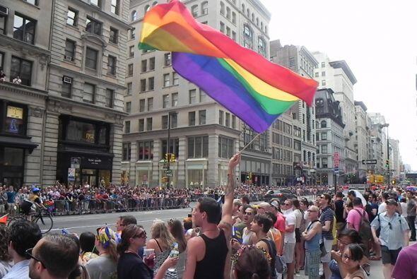 El Desfile del Orgullo en Nueva york f33b58e4eab9424d9137351faec6f792.jpg