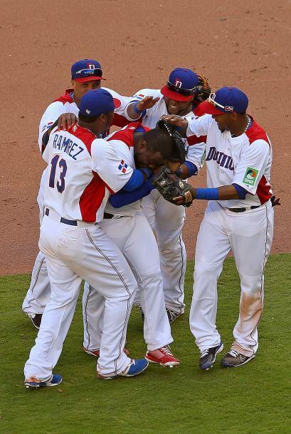 República Dominicana le ganó a Puerto Rico y se clasifico como primera d...