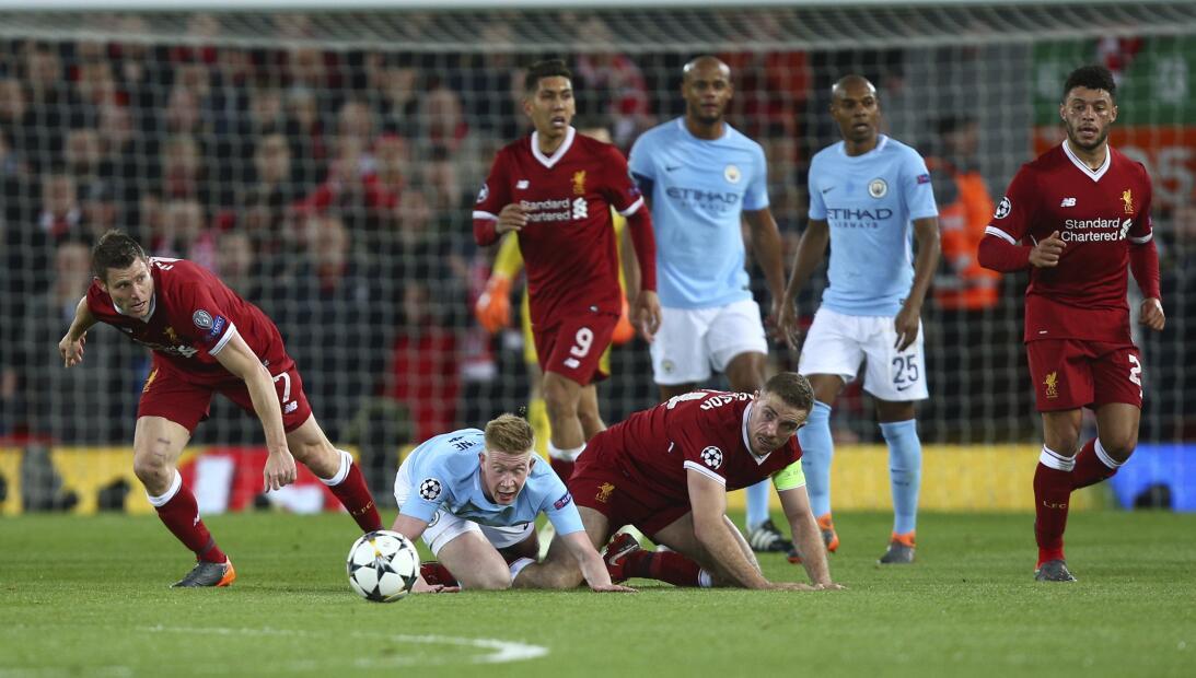 En fotos: Liverpool le dio un concierto a Manchester City en ida de cuar...