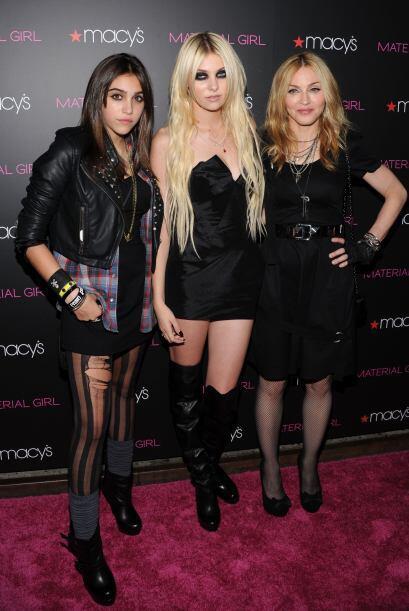 """Con Madonna y su hija Lola en la presentación de la colección 2010 de """"M..."""