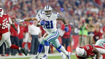 Ezekiel Elliott corrió para 80 yardas y un touchdown en la victoria del...