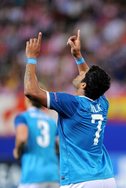 El delantero brasileño Hulk ponía el empate parcial.