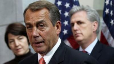 John Boehner dijo que los republicanos insistirán en dar apoyos a los de...