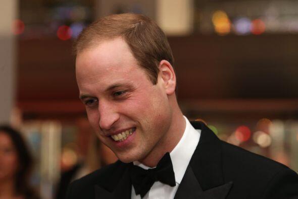 Príncipe William ¿Problemas en Palacio?   El Príncipe William tiene un a...