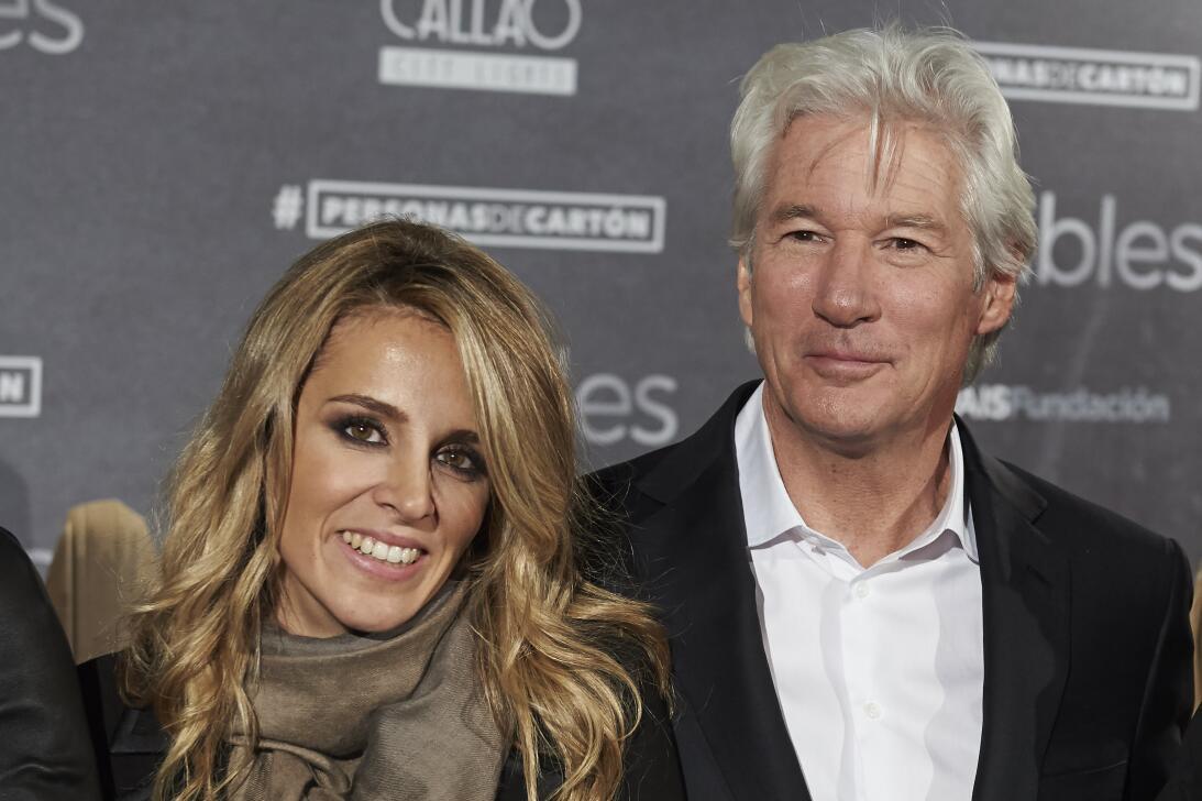 Richard Gere con su nueva novia Alejandra Silva en el estreno de 'In...