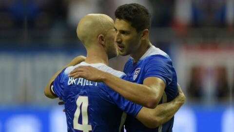 Michael Bradley y Omar González fueron dos de los 26 convocados por Jürg...