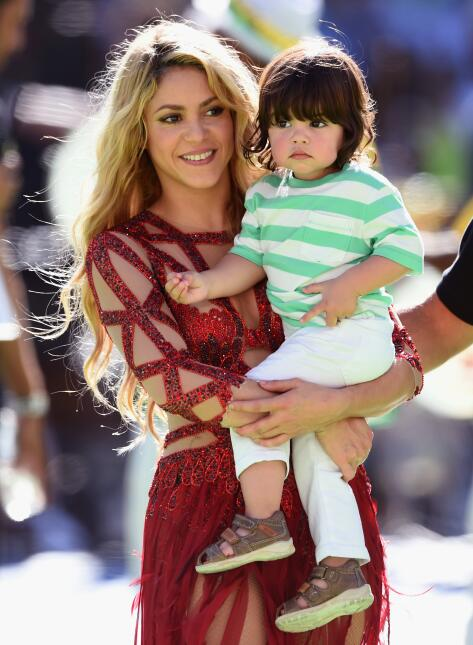 Shakira con el pequeño Milan
