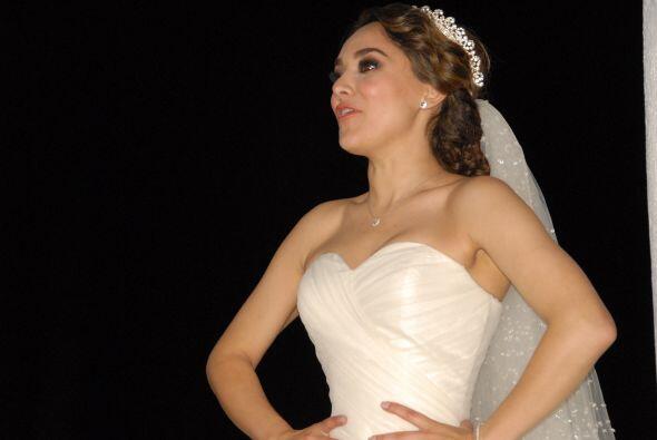 Sherlyn volvió a vestirse de novia para jurarle amor eterno, ahora ante...