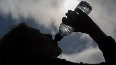 Ventajas y desventajas de los diferentes tipos de botellas reutilizables para portar líquidos