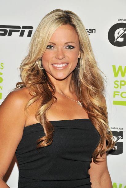 Jennie Finch es una preciosa jugadora de softbol y es la lazadora para d...