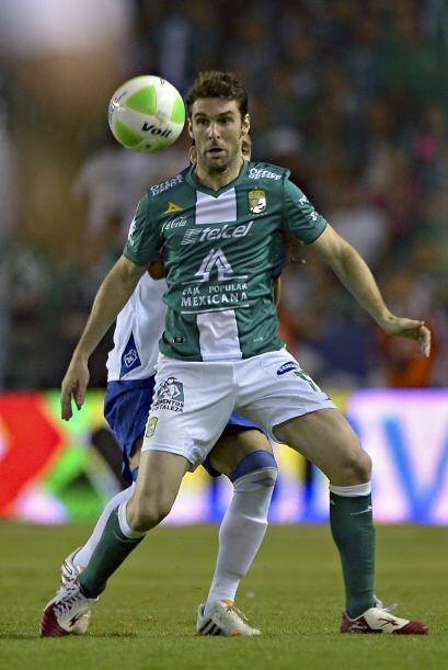 Mauro Boselli (10).- Al igual que hace seis meses, Boselli anotó gol en...