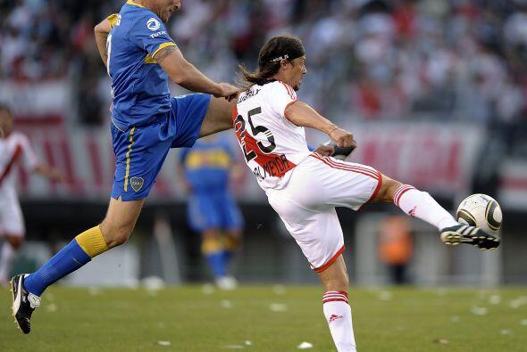 Martín Palermo no logró destacar, además de ser bien marcado el juego de...