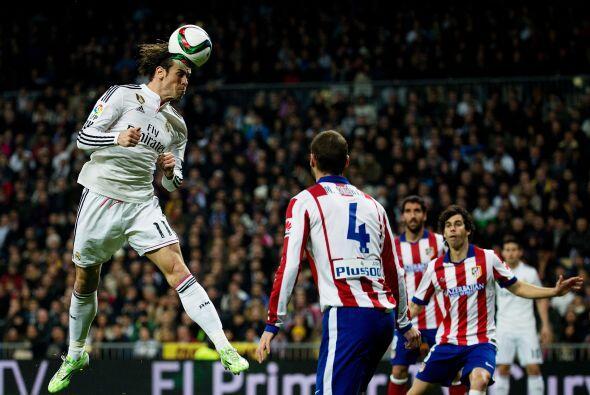 El Madrid se lanzó al frente con todo su arsenal ofensivo en busca de re...