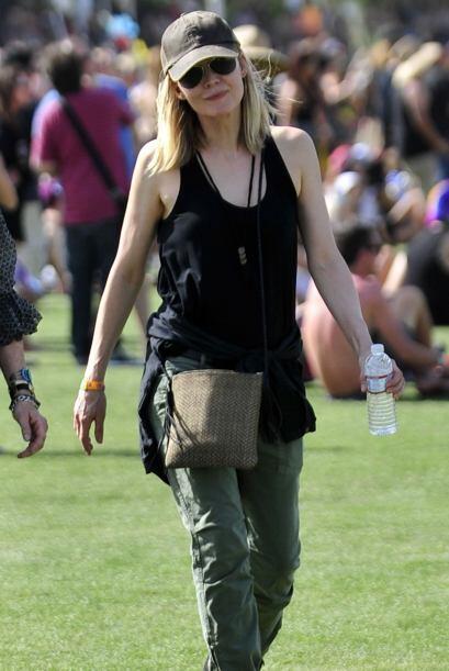 Los pantalones militares de Michelle Pfeiffer son otra alternativa súper...