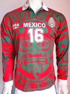 Otra de las casacas que despertaron críticas fue la que México utilizó e...