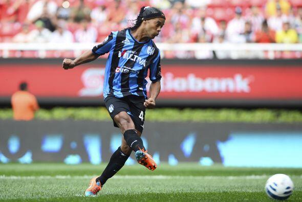 Las cosas buenas que ha traído Ronaldinho al equipo de Querétaro ha sido...
