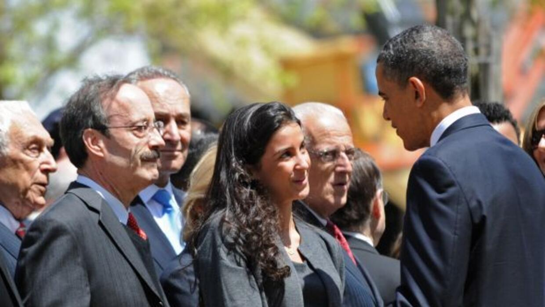 El presidente Barack Obama depositó una ofrenda floral en la Zona Cero d...