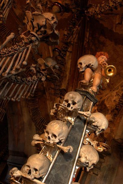 Esto hizo que miles de personas de Europa Central se quisieran enterrar...