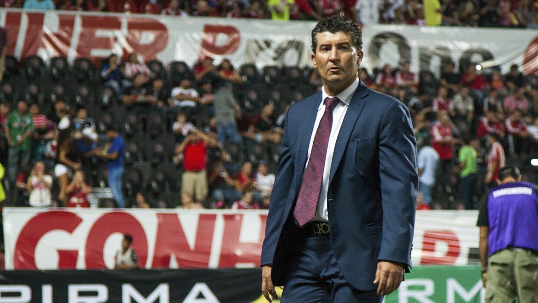 Solo faltan detalles para que se anuncie su salida del Chivas