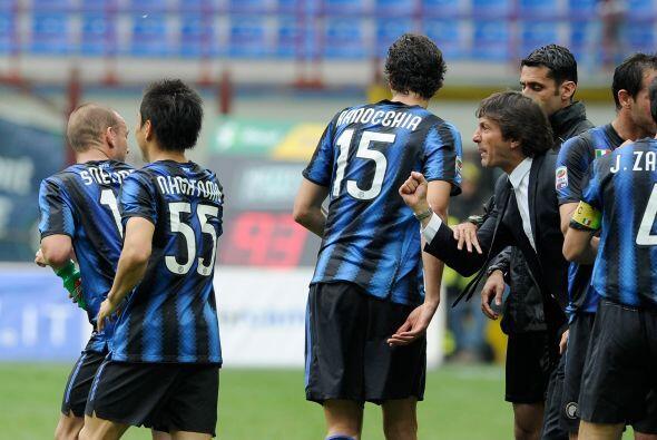 Pero el Inter se repuso y llegó al empate con un gol del holandés Sneijder.