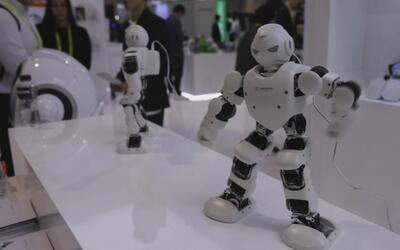 Una 'inhumana' tarde en CES: la pasamos visitando robots