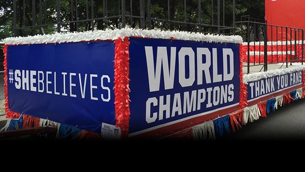 La carrosa que paseó a las campeonas de mundo en la parada en Nueva York.
