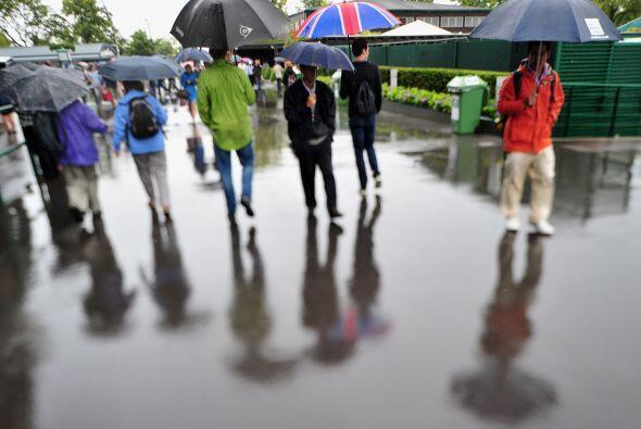 La ligera lluvia que cayó sobre Londres y el pronóstico de fuertes preci...