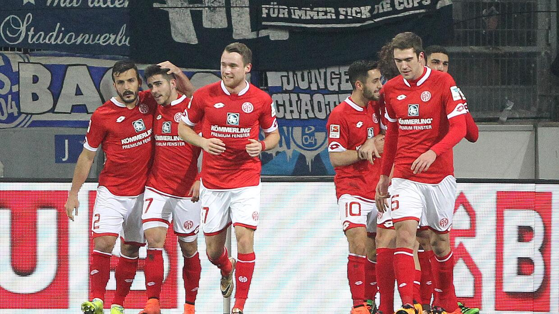 Mainz venció al Schalke