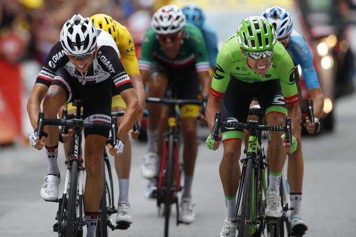 El escalofriante accidente que marcó la etapa reina del Tour de Francia...