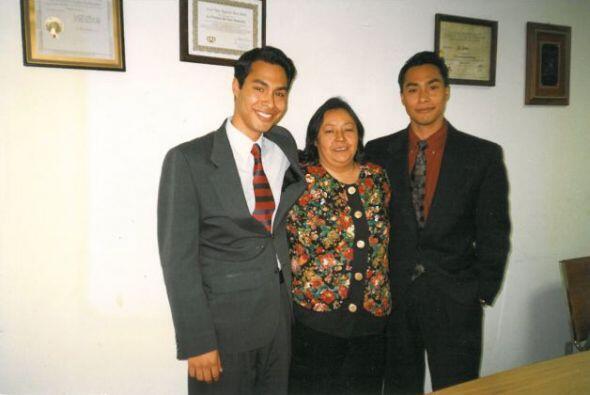 Doña Rossie está orgullosa de la humildad de sus hijos y de sus grandes...