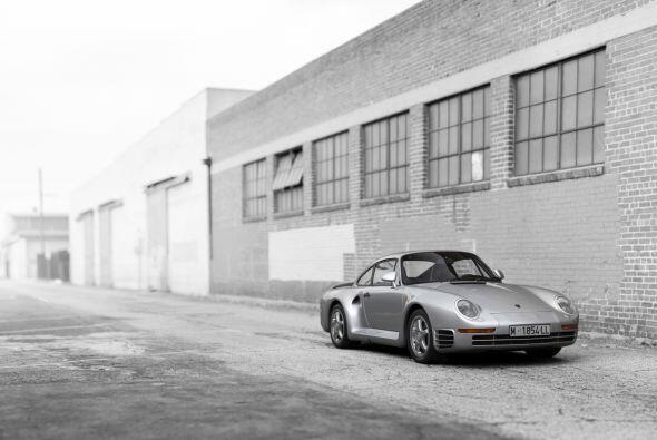 Porsche 959 'Komfort' 1988: Fue lanzado al mercado como el vehículo de p...