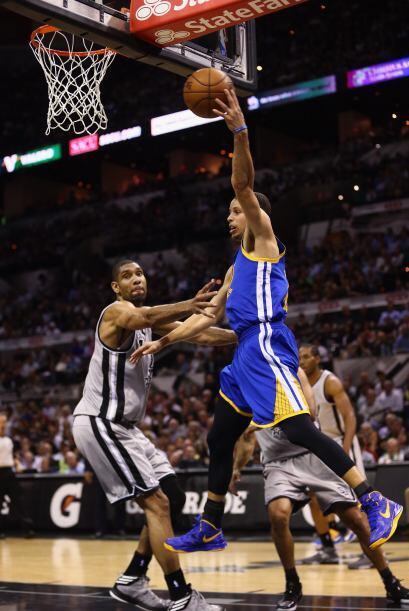 Junto a Curry, otros cinco jugadores de los Warriors tuvieron números de...