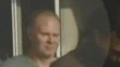 Steven Slate, asistente de JetBlue, fue detenido tras altercado con pasa...