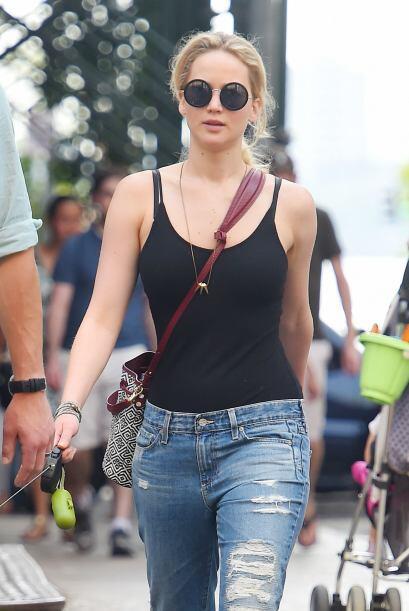 'Ripped jeans' + 'crop top'. El 'boyfriend' 'look' inició la moda de lle...