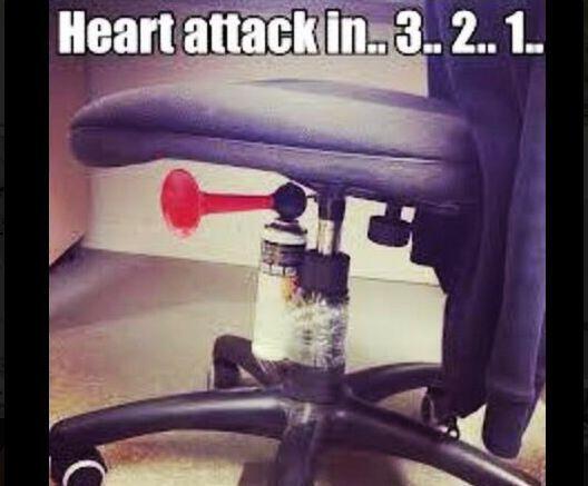 ¡Esta bromita no es apta para cardiacos!